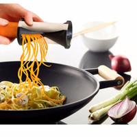 râpe spirelli achat en gros de-100PC Légumes Spirale Trancheur Spirelli Graters Cuisine Spiralizer Julienne Cutter Carottes Gadgets