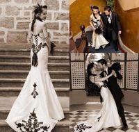 vestidos de sirena para la boda al por mayor-Nueva vendimia blanco y negro sirena vestidos de novia elegante encaje apliques con cuentas de boda vestidos de novia robe de mariage jardín vestidos de novia