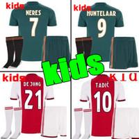 camisetas de fútbol personalizadas al por mayor-2019 2020 Ajax FC Soccer Jerseys kits para niños en casa 19/20 Personalizado # 7 NERES # 10 TADIC # 4 DE LIGT # 22 Camiseta de fútbol ZIYECH