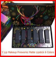 New Lip Makeup Set Fireworks Elk Matte Lipstick 6 Colors Lipstick 6 in 1 Lip Make Up Kit With Gift Box