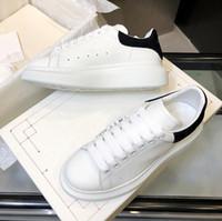 chaussures de designer confortables achat en gros de-Designer Luxe Chaussures Femmes Hommes chaussures de fitness Casual Chaussures Mode Blanc Chaussures en cuir confortables plat Loisirs Sneaker