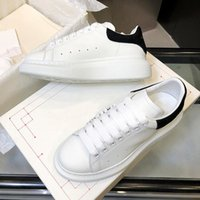 Wholesale rubber bands fitness resale online - Designer Luxury chaussures Mens Womens Casual Fitness Shoes Chaussures Fashion White Leather Comfortable Shoes Flat Leisure Sneaker