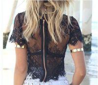 dentelle noire mature achat en gros de-Summer Lady dentelle blanc noir tops manches courtes à glissière tops creux convenir à la femme mature nouveau design tops