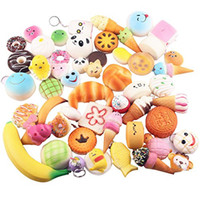 ingrosso giocattoli di pane-squishy giocattolo Slow Rising Squishy Arcobaleno dolciumi gelato torta pane Fragola pane Charm Cinghie per telefono Soft Fruit Toys
