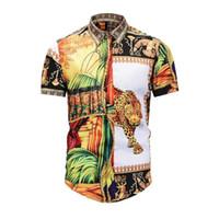 kleid welt großhandel-Italienische Designer Herrenmode Hemdkleid Europäische und amerikanische Welt hochwertig bedrucktes T-Shirt Medusa Label lässiges Kurzarmhemd