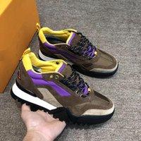 zapatos de senderismo para hombre bajo al por mayor-Nuevo 2019 Diseñador de lujo Zapatos para hombre Speed Trainer Malla Senderismo transpirable Zapatillas bajas Vintage con cordones Plataforma Zapatos casuales con caja L63