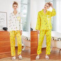 pijama de seda amarillo al por mayor-QWEEK Pijamas de Mujer Satén Pijamas de Seda Amarillo Mujeres Primavera Verano Pijamas de Satén Conjunto de Manga Larga de Dos Piezas Pijama Mujer