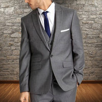 mens grau stück anzüge groihandel-Grau Formal Herren-Anzüge für Hochzeit Bräutigam Smoking spitzen Revers drei Stück Jacke Hosen Weste Male Blazer Kleidung