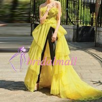 vestidos de fiesta de tul amarillo largos al por mayor-Monos de las mujeres 2019 sin tirantes de tul amarillo largo vestidos de fiesta africanos con pantalones negros vestidos de noche formales Dubai vestido de fiesta árabe