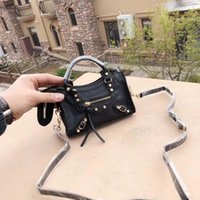 amerikanische klassische handtaschen großhandel-Klassische Mode weibliche einzelne Schulterbeutel vollkommene lederne Tasche europäische und amerikanische heiße Tasche beiläufige Minibeutelquadratart und weisehandtasche