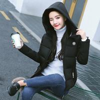 gesteppte kurze jacke frauen großhandel-2019 Winter-Frauenkleidung Schlanker warmer weiblicher Mantel mit Kapuze Fest Plus Size Zipper Short down Baumwolljacke Outwear Quilted Jacket