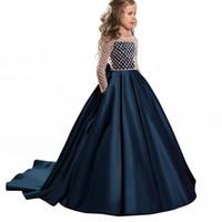 resmi uzun gelinlik elbiseleri toptan satış-Yeni Çiçek Kız Elbise Düğmesi Draped Uzun Kollu Saten Abiye Çocuklar Için Küçük Kız Nedime Düğün Örgün Durum Için Brithday Elbise