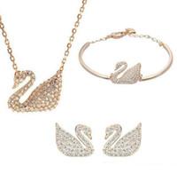 swarovski cristales cisne al por mayor-Chapado en oro plateado conjunto de joyas de cisne de cristal austriaco para mujeres hechas con Swarovski Elements Animal Jewelry Sets joyería de la boda 3 unids / set