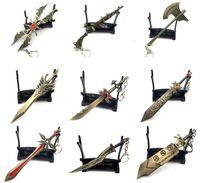 pendentif épée en alliage achat en gros de-Divers 20pcs style de boucle clé LOL jeu League of Legends Weaponry Modèle Porte-clés Blade Master Pendentif alliage épée clés anneau de métal Galen