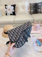 Wholesale white pearl handbag for sale - Group buy New Famous Women Messenger Small Chain Crossbody Bags Female Luxury Shoulder Bag Pearl Handbag Red White Black