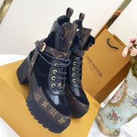 botines cómodos mujeres al por mayor-Plataforma Laureate Desert Boot Zapatos de Vestir de Mujer Cómodo Transpirable Caminar Lujoso Señora Botines Moda Botines Moda Para Mujer