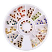 шить кристальные драгоценные камни оптовых-1 Box Colorful Crystal Sew On Nail Art Rhinestones With Claw Glitter Gems Decorations Wheel For DIY Nails Garment Accessories