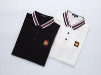 hayvan nakışı toptan satış-Erkek Tasarımcı Polos Lüks Gömlek Katı Renk Tops Erkekler Çizgili Yaka Polos Hayvan Nakış Düğme Yüksek Kalite Erkekler Giysileri
