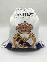ayakkabı saklama tasarımları toptan satış-Açık Çantalar İpli Real Madrid Hayranları Futbol Ayakkabı Futbol eğitimi Tasarım Depolama Sırt Çantası Kanvas Okul Çantası Oyuncak Plaj Çantası, Alınan