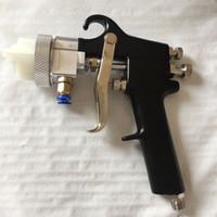 spray de nano cromo al por mayor-SAT1182 aire de alta presión Pistola de pintura con aerógrafo doble rampa de 1,3 mm Boquilla Nano Chrome Pintura Aire neumático pulverizador a presión