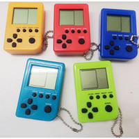 brinquedos gashapon venda por atacado-Caixa de jogo mini ovo torcido Gashapon Tetris nostálgico crianças Handheld jogador chaveiro tela LCD portátil jogo brinquedos