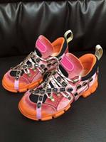 tendência de calçados casuais mens venda por atacado-Sapatos de grife 2019 Tendência Listagem Nova Mens Sapatos Casuais de Luxo Senhoras Aumento de Altura Ao Ar Livre Sapatos de Caminhada Flashtrek Removível Crystas
