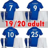 calcetines de fútbol hombre ciudad al por mayor-Camiseta de fútbol de Leicester 19 20 Ciudad VARDY IHEANACHO MADDISON GRIS MORGAN MAGUIRE inicio hombres camisetas de fútbol kits adultos + calcetines