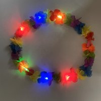 ingrosso ghirlanda illuminata-Glowing LED Light Up Hawaii Luau Party Flower Lei Fancy Dress Necklace Hula Garland Wreath Wedding Decor Party Supplies