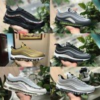 bala x al por mayor-2019 Nike Air Max 97 shoes New Airmax 97 Undftd Negro Blanco Velocidad Hombres Zapatos ocasionales Nuevo Ultra Sean Mujer Undftds Undefeated Zapatillas de deporte de diseñador