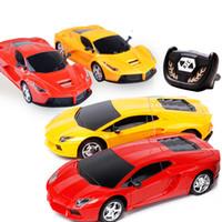 voiture rc 24 achat en gros de-Luxe SportsCar Voitures RC M-Racer Télécommande De Voiture Coke Peut Mini RC Radio Télécommande Micro Racing 1:24 Voiture Jouet