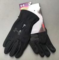 sonbahar eldiven erkek toptan satış-Moda UA markalar Sonbahar ve kış sporları erkekler sıcak dokunmatik ekran kayak dağcılık kaymaz bisiklet bayanlar eğlence su geçirmez eldiven
