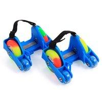 kinder skates verstellbar großhandel-1 Para Kinder Kinder Blinkende Roller Schuhe Skates 4 Feuer Räder Schuhe Roller Sport NEUE Einstellbare Kleine Motor Blitz