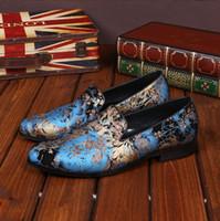 marcas de zapatos de hombre al por mayor-Hombres de lujo mocasines azules de cuero de los hombres zapatos casuales marca cómoda primavera moda transpirable hombres zapatos de vestir de boda H299