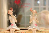 ingrosso ornamenti di fata dell'angelo-Un paio di bambole in resina, seduta, fata, angelo, decorazioni per la casa, piccoli ornamenti, decorazioni, artigianato, figrue, amore