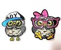 eisen mädchen appliques großhandel-Großhandel ~ 10 Stück Mischfarbe Cartoon Owl Boy (4,5 x 6 cm) Mädchen (5,5 x 6 cm) gestickte Applikationen Eisen auf Patch Kinder Patch (AL)
