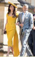 ingrosso vestiti di lunghezza di tè chiffoni gialli-Amal Clooney Yellow Sheath Prom Dresses Tea Lunghezza 2019 Cap Sleeves Elegante British Royal formale Evento Wear Short Celebrity Abiti da sera