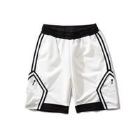 siyah pantolon yeni moda erkekler toptan satış-Tasarımcı Şort Erkekler için Spor Şort Basketbol Şort Erkekler Marka Pantolon Yeni Moda Jogger Shot Keçi Erkekler Siyah ve beyaz