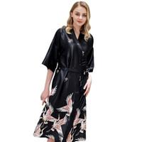 en romantik gelinlik toptan satış-En Çok Satan Yaz Saten Kimono Bornoz Kadın Nedime Gelinlik Robe Vinç Baskı Romantik Pijama Ev Giysileri