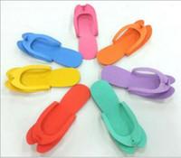 ingrosso pantofole monouso-Vendita calda-EVA Foam Salon Spa Pantofola Monouso Pedicure perizoma Pantofole Pantofole monouso Pantofola di bellezza Multi colore YYA114