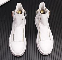 weiße stiefeletten männer groihandel-Designer Luxuxmann Ankle Boots Men Fashion Doppel-Reißverschluss-Plattform Schuhe Weiß Martin Stiefel Männer Hoch-Spitzen Freizeitschuhe Punk Faulenzer