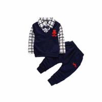 niños sombreros rojos al por mayor-2018 recién llegado de moda para niños Ropa Conjuntos de tela escocesa Red Hat de impresión de algodón de manga larga camisa Set Kid Boy Costume for Child