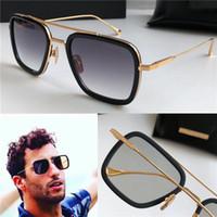 защитные очки очки оптовых-Новый модный дизайнер мужской солнцезащитные очки 006 квадратных оправ винтажный популярный стиль уф 400 защитные очки на открытом воздухе