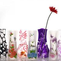 katlanır çiçek vazolar toptan satış-Plastik Çiçek Vazo Taşınabilir Kırılmaz Çevre dostu Yeniden Çiçek Vazo Yaratıcı Katlama Magic PVC Vazo 12cm * 27cm Mix Renk Gemi