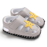 padrão de sandálias de bebê venda por atacado-WEIXINBUY Bebê Recém-nascido Sandálias Sapatos de Bebê Bonito Padrão de Estrela Causal Causal Sapatos de Verão Não-slip Sandálias de Fundo Macio 0-18 M