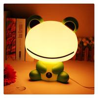 hochwertige plastiktiere großhandel-Tischlampe 220 v LED Niedlichen Tier Cartoon Schreibtisch Kinder Schlafzimmer Nachtlicht 100% Nagelneu und Hohe Qualität PVC Kunststoff