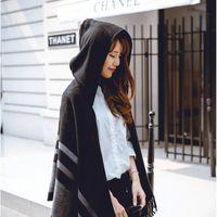 черные пончо для женщин оптовых-Женская шерсть с капюшоном Пончо с зимы шлема шарфов Черный Бежевый Цвета Z-2116
