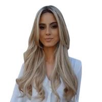 ingrosso fabbrica di capelli lunghi-Prezzo di fabbrica 1 pz donne moda lady oro capelli ricci parrucca sintetica naturale lungo ondulato parrucche bionde stand gen10 cosplay