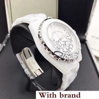 zafiro cuarzo ceramico negro al por mayor-Designer Lady Graffiti Watch White / Black Ceramic Sapphire Glass Mirror Reloj de cuarzo de alta calidad para mujer Relojes de moda