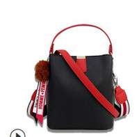 Wholesale patent genuine leather hand bag for sale - Group buy 2019 summer new trend wind style female style small square bag hand bill of lading shoulder bag fashion versatile manufacturers