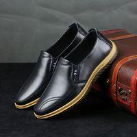 Top Luxus 2019 neues Mens Entwerferkleidschuhe echtes Leder reine Handarbeit Snap Peas Hochzeit Schuhe klassischer Mode Herrenschuhe große Größe Loa